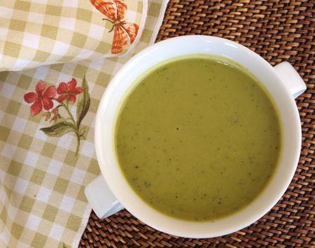 Spring Pea Pesto Soup 1a