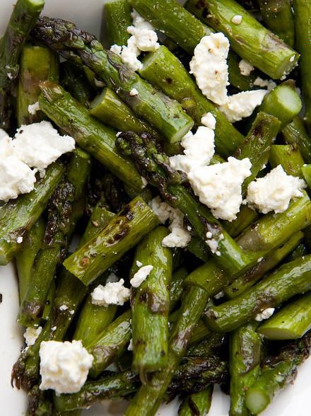 Asparagus feta salad 3